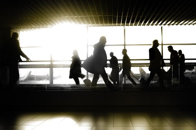 airport-man-travel-traveler-346278